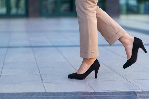 انتخاب کفش پاشنه بلند برای لباس