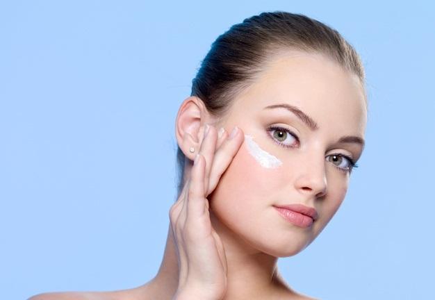 دلایل خشکی پوست چیست؟ و راه های جلوگیری از خشکی پوست چیست ؟